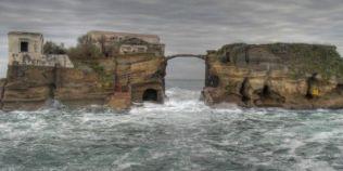 FOTO Gaiola, insula blestemata care a ramas nelocuita in ultimii 40 de ani