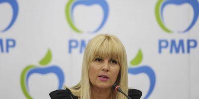Udrea: Victor Ponta nu sprijina tinerii pentru ca acestia nu voteaza cu el