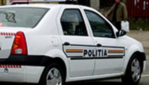 O femeie si doi copii, loviti pe trecerea de pietoni de un microbuz; unul dintre copii a murit