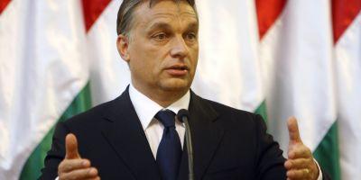 Orban a amanat taxa pe internet, dupa ce 100.000 de maghiari au protestat aseara in Budapesta