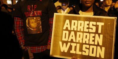 FOTO Politistul care l-a ucis pe tanarul de culoare din Ferguson afirma ca are