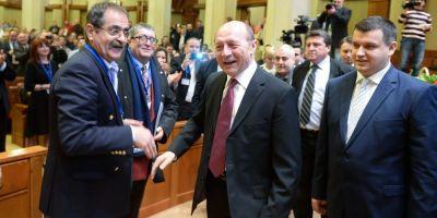 Jihadul pornit de Elena Udrea: Traian Basescu a iesit