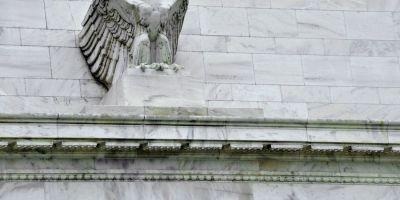 Rezerva Federala mentine rata dobanzii in SUA, sugerand ca ar putea-o majora peste cateva luni