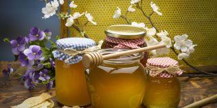 Cum recunoastem mierea pura: testul cu borcanul intors