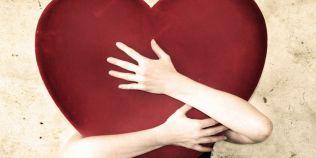 Cele mai neinspirate cadouri pentru Ziua Indragostitilor: la ce trebuie sa fie atenti barbatii ca sa nu-si jigneasca iubitele