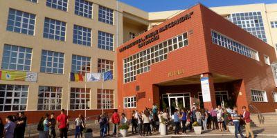 Ancheta la Universitatea din Bacau. Ministerul Educatiei verifica dosarul de conferentiar al lui Costel Ceocea, seful SIF Moldova