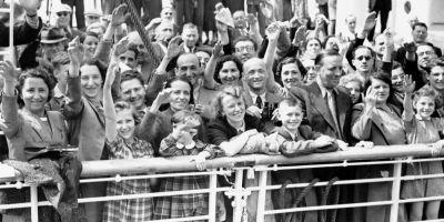 Legile nedrepte din timpul celui de-Al Doilea Razboi Mondial, prin care evreii erau izolati: siliti sa se casatoreasca doar intre ei si sa nu detina averi
