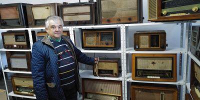 Cea mai mare colectie de radiouri vechi din Romania. Cat valoreaza un aparat Zenith produs in 1937, o raritate in lume