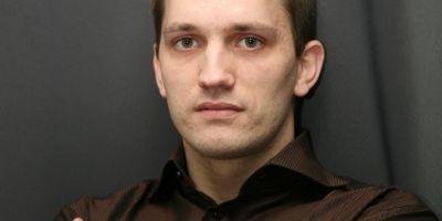 Consilierul demisionar al ministrului Vlad Alexandrescu, Rares Zaharia, face dezvaluiri despre scandalul Culturii, la Adevarul Live, de la ora 14.00