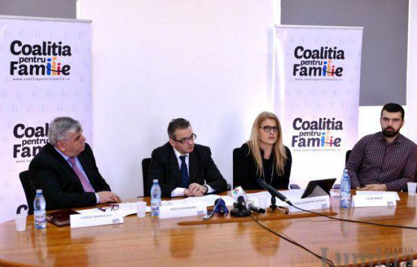 Senat: Coalitia pentru familie vrea sa modifice definitia casatoriei din Constitutie printro initiativa cetateneasca