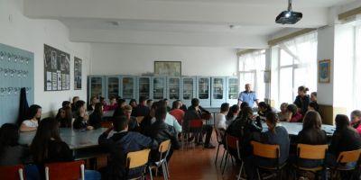 Adrian Curaj: Urmarim sa introducem educatia juridica in scoli, incepand cu clasa a saptea