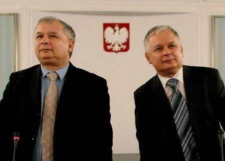 EXCLUSIV POLONIA vrea sa dezgroape mortii din accidentului AVIATIC in care a decedat presedintele Kaczynski