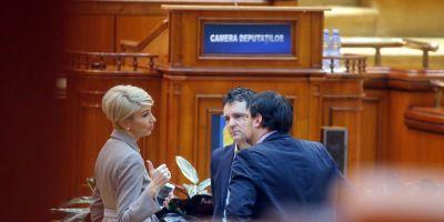 Nicusor Dan ii raspunde Ralucai Turcan: Nu poate fi vorba despre o fuziune cu PNL, nici acum, nici in viitor