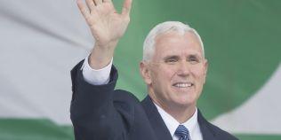De ce vicepresedintele american evita sa fie singur in compania unei femei
