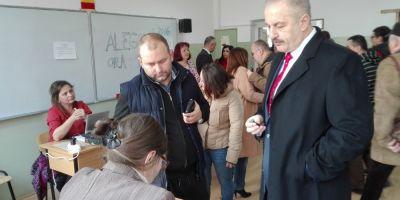 Vicepremierul Vasile Dincu a votat la Cluj: