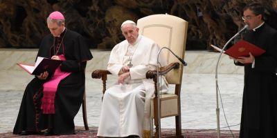 Papa Francisc il va primi pe Donald Trump la 24 mai