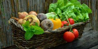 Ce fructe si legume iti tin de foame cateva ore