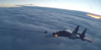 VIDEO Cum sunt realimentate in zbor avioanele de lupta rusesti