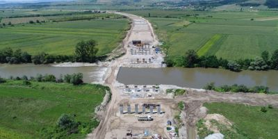 FOTO Stadiul lucrarilor pe loturile 1 si 2 ale autostrazii Sebes - Turda. Problemele financiare pot bloca din nou investitia
