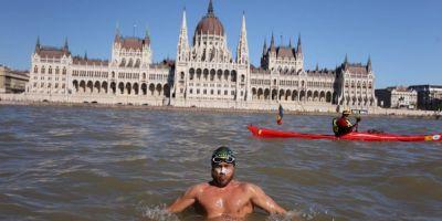 Avram Iancu a cucerit Budapesta. Imaginea de poveste a romanului care a inotat 1.200 de kilometri in Dunare