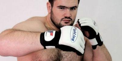 Fostul luptator de MMA