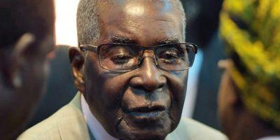 Dictatorul african Robert Mugabe, prietenul lui Ceausescu, este amenintat de propria armata
