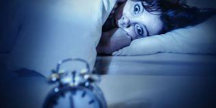 Cum poti trata pe cale naturala insomnia. Sfaturi medicale pentru nopti linistite