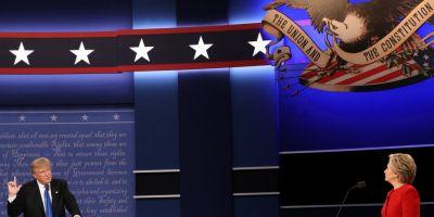Suprarealismul dezbaterii Trump-Clinton.