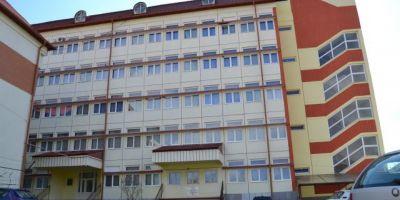 Reteta succesului: spitalul mic unde se fac operatii care rivalizeaza cu cele din marile centre universitare din Romania