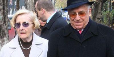 FOTO Cat castiga Nina Iliescu, sotia fostului presedinte Ion Iliescu