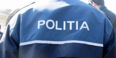 Atac cu arma alba in Capitala. Un barbat a ajuns la spital dupa ce s-a certat cu un altul intr-un autobuz. Politia cauta doua persoane implicate in incident